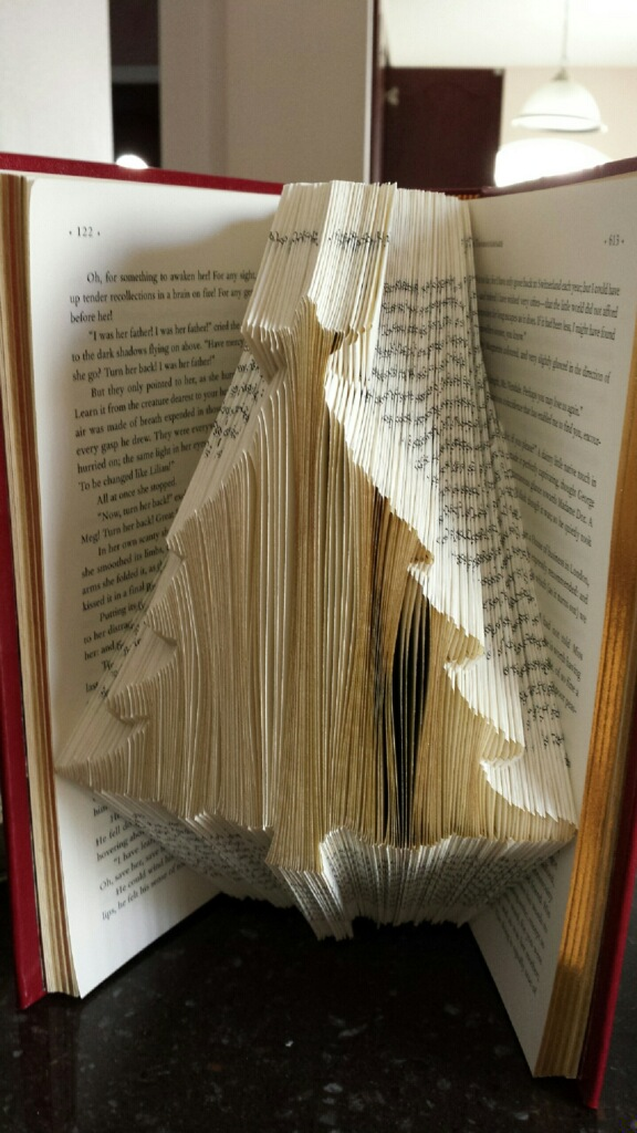 folded book pages christmas tree